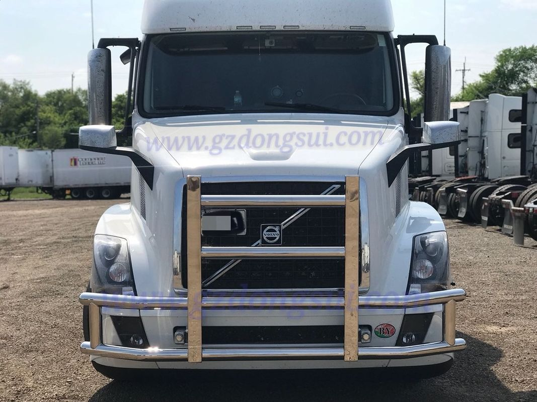 0.4 CBM Truck Deer Guard Compact Construction For Volvo Freightliner Peterbilt